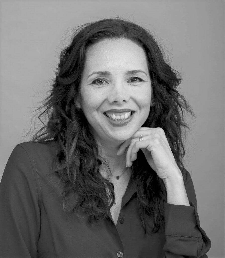 Sandra Dewar